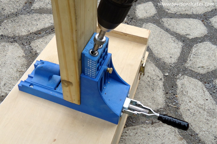 DIY Privacy Fence kreg jig