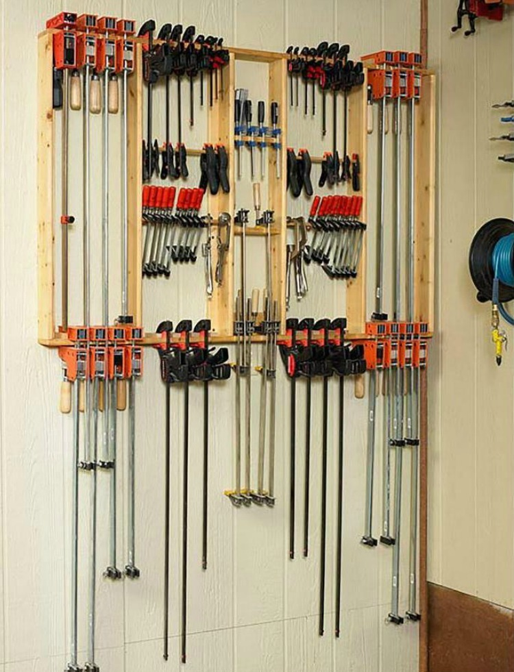 Maximizes storage space in your small workshop with this Super Simple Clamp Rack