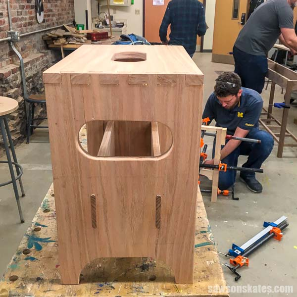 11 Places To Take Beginner Woodworking Classes Online Locally