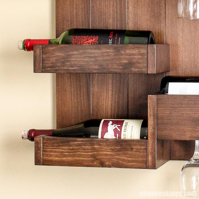 Wall-mounted DIY wine bar