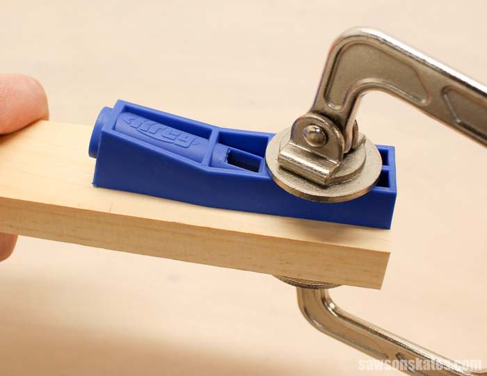 The Kreg Jig Mini must be clamped to the workpiece before drilling the pocket hole.