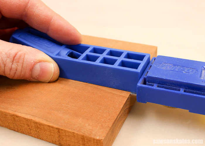 """How to use Kreg Jig Mini on 1/2"""" workpieces - set a Kreg Multi-Mark for a 1/4"""" and place against the end of your workpiece. Place the jig on your workpiece and against the Multi-Mark."""