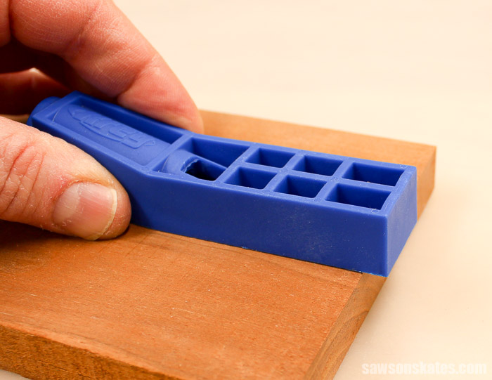 The Kreg Jig Mini will overhang the end of the workpiece.