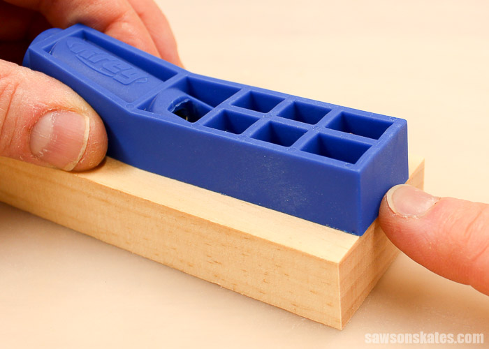 """How to use Kreg Jig Mini on 3/4"""" workpieces - place the jig flush with the end of your workpiece."""