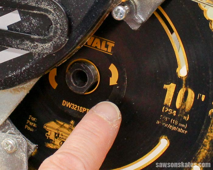 When replacing the blade on the miter saw be sure the direction arrows on the blade are pointing in the correct direction