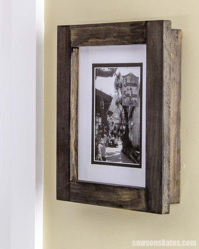 Learn how to make a picture frame with these free plans