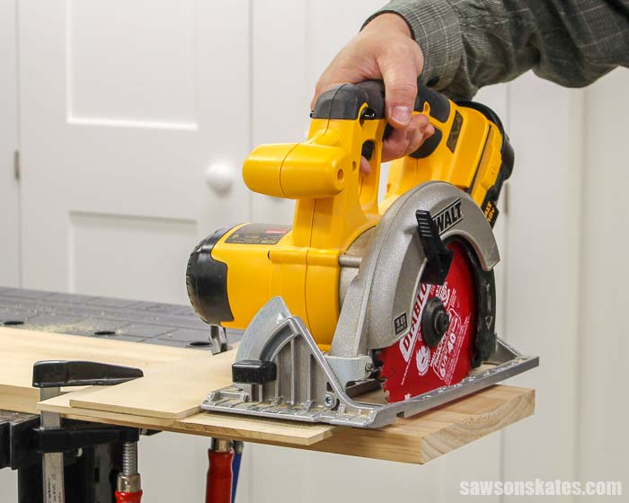 Using a circular saw and a DIY crosscut jig to cut wood