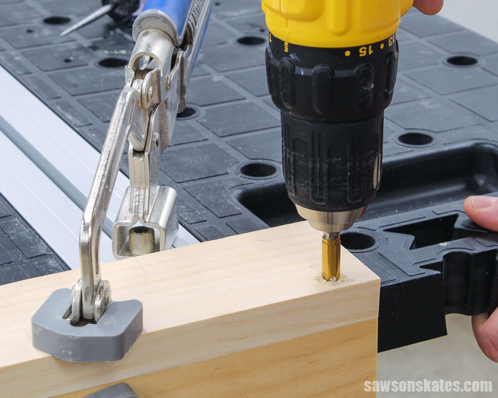 Drilling a countersink hole with a fluted countersink bit