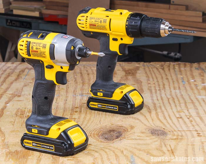 Side-by-side comparison of an impact driver vs drill