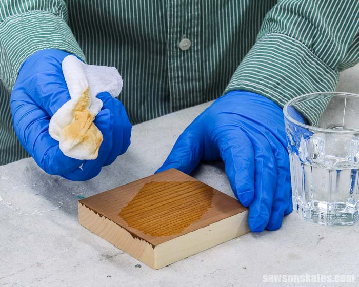 Removing steel wool stain with a paper towel and water