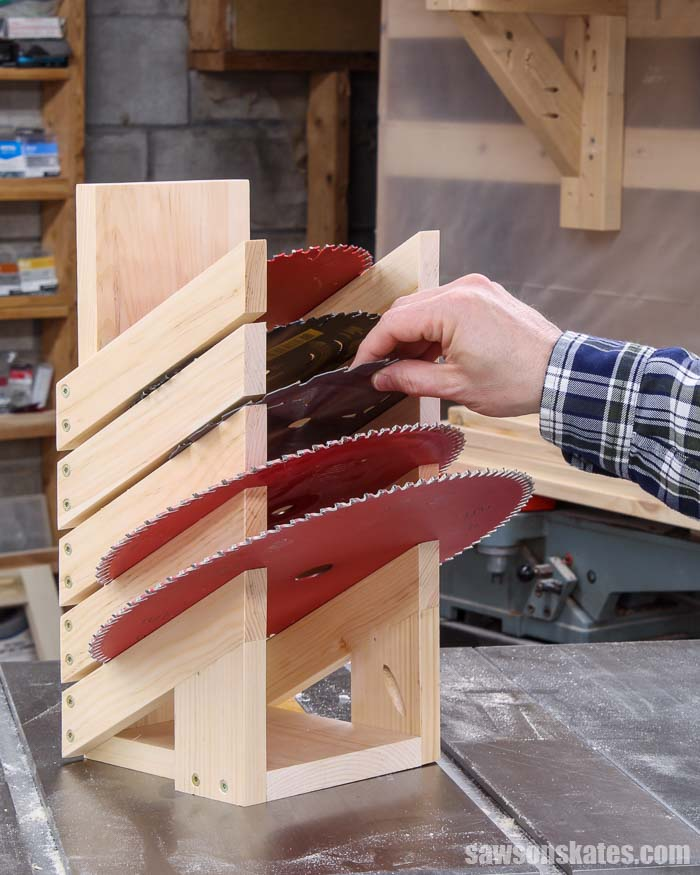Get your saw blades organized with this DIY saw blade storage rack. This holder is easy to make with a few pieces of scrap wood and these simple plans.