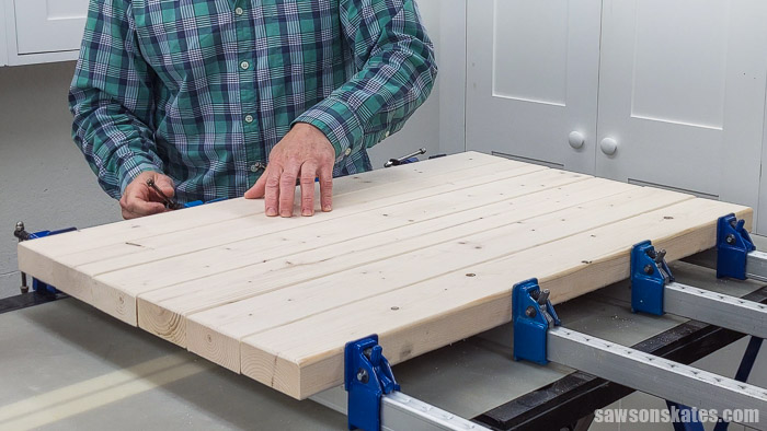 Gluing up 2×4s to make a top for a DIY power tool stand