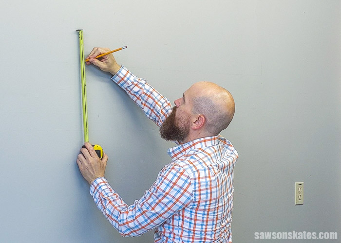 Measuring where to position the bottom of a french cleat on the wall